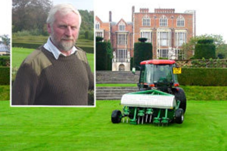 Hatfield House finds relief for its grass maintenance challenge