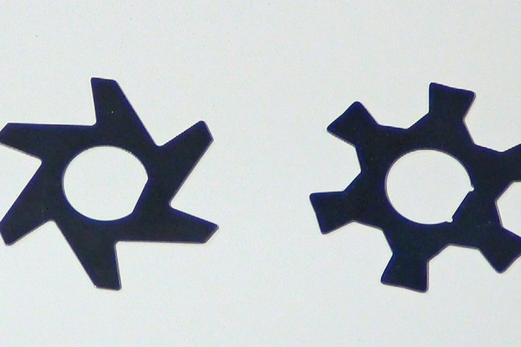 Groomer blades