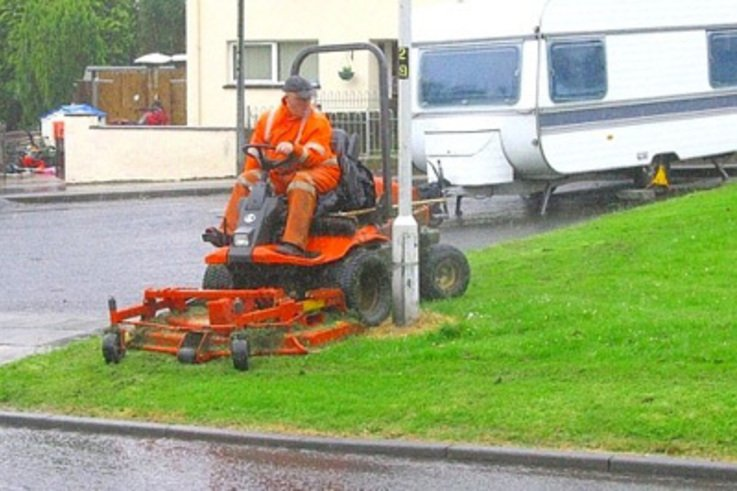 Additional Power helps Irish Firm stay on top of mowing contracts.