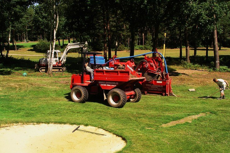 Speedcut in action laying drainage pipes at Foxhills Golf Club and Resort, Surrey. 1