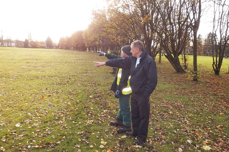Turf Consultant Alistair Connell discussing work with  Jerry Barr