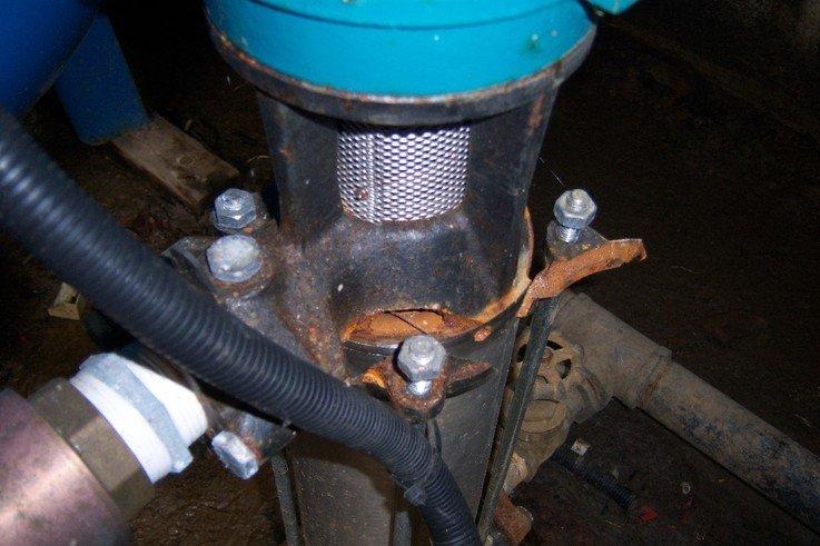 Pump Frost Damaged.jpg