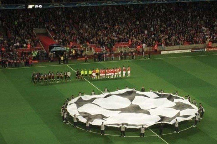 UEFA-Arsenal-Sevilla.jpg [cropped] [cropped]