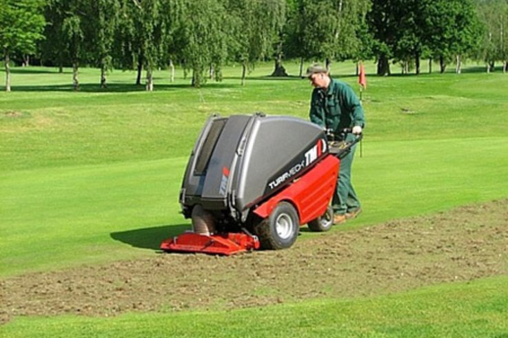 Turfmech Clears up fast at the Worcestershire Golf Club