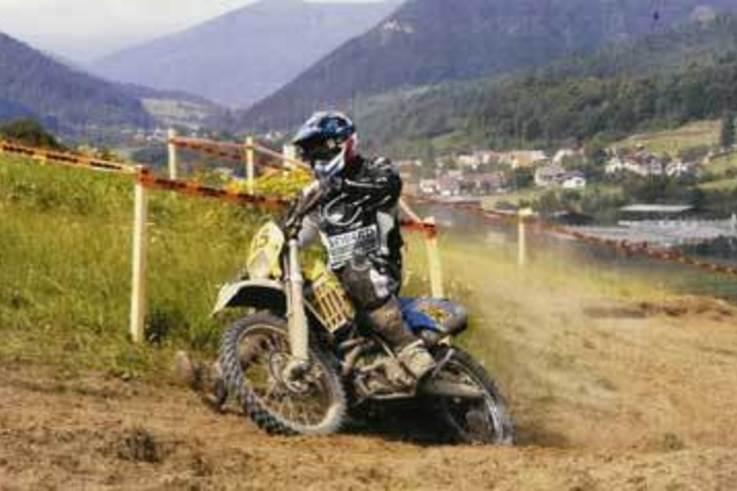 Sports Turf Industry backs motorbike champions