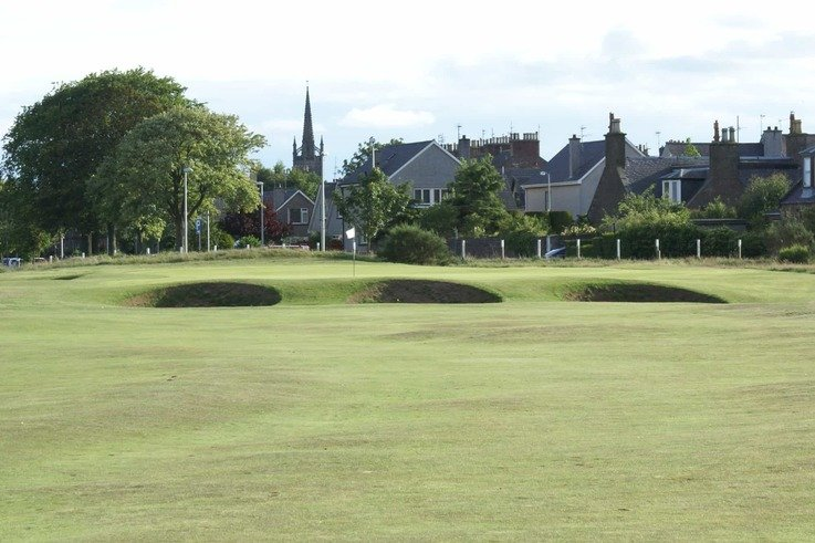 Montrose-13th-Green-Approach.jpg