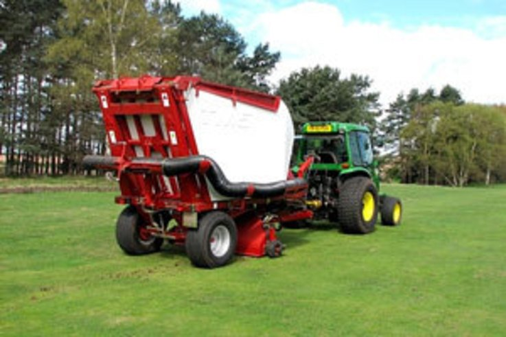 Open Qualifying Course benefits from scarification of fairways and semi-rough