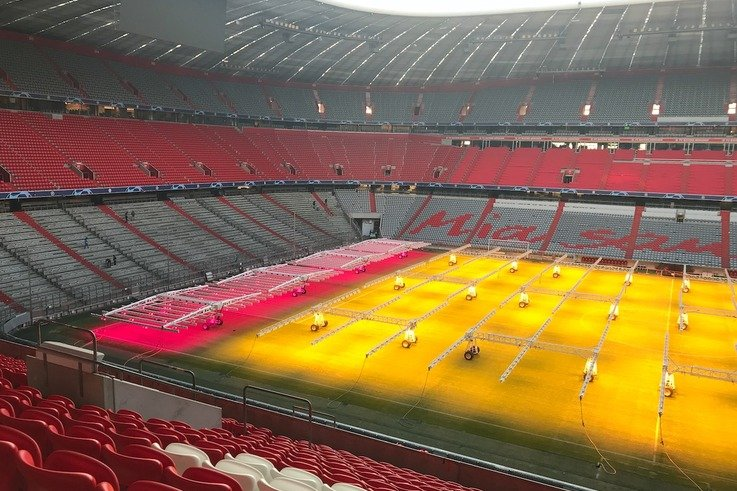 Pitch Treatment With Led Growth