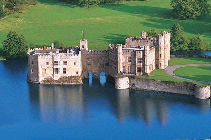 Leeds-CastleAerial.jpg
