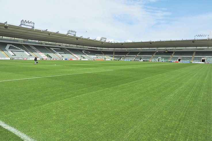 Plymouth-Argyle-FC Stand-2