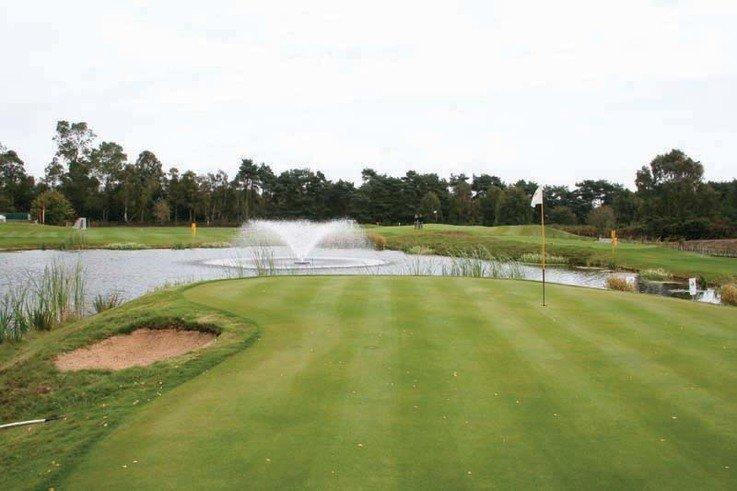 Golfmain.jpg