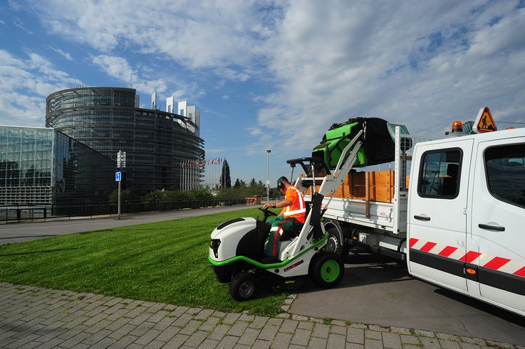 Etesia Saltex 2017 data tag