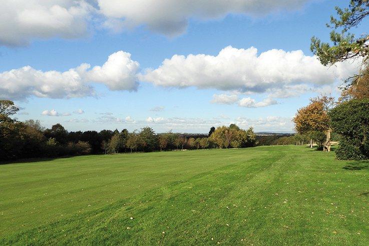 Chorley-GC Blue-sky