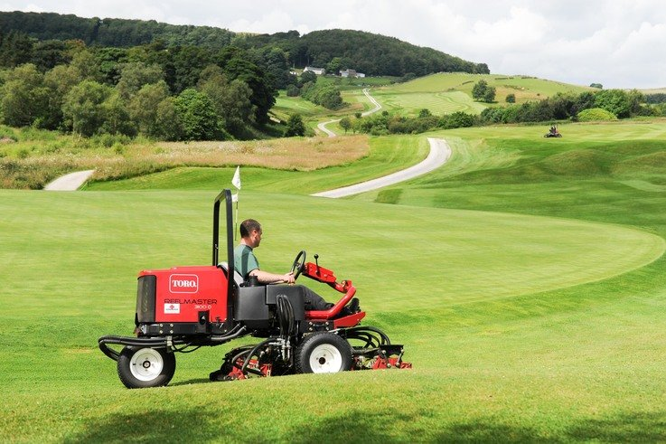 A fine finish from a cylinder mower at Cavendish Golf Club