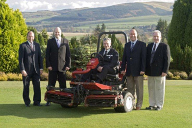 Toro wins major machinery deal with Gleneagles