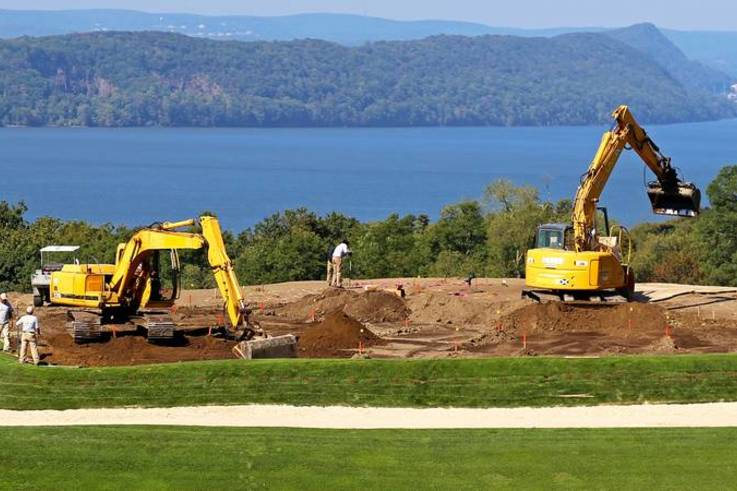 putting green construction image