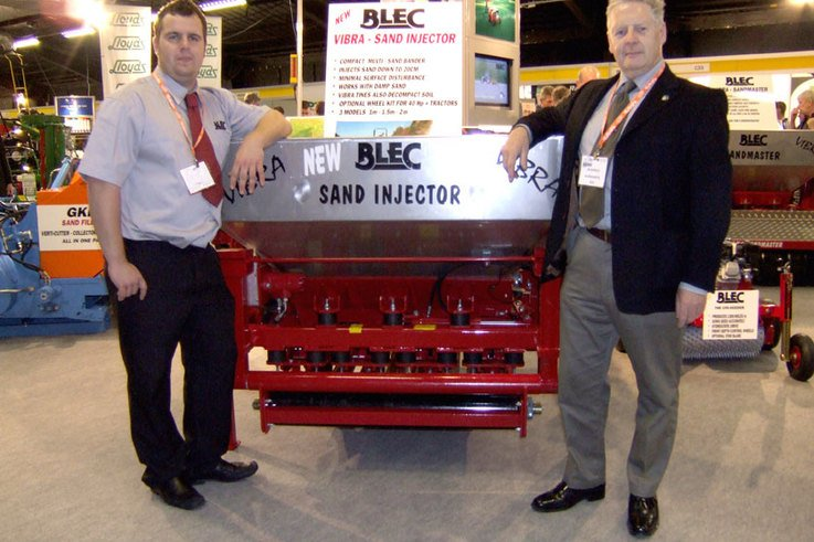 Decompaction experts join forces