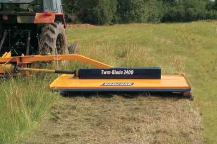 New TWIN BLADE topper from BOMFORD
