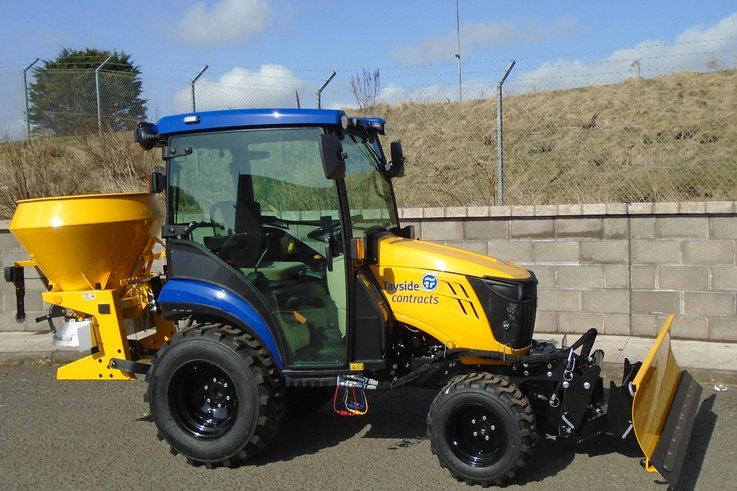 Tayside Contracts John Deere 1026R