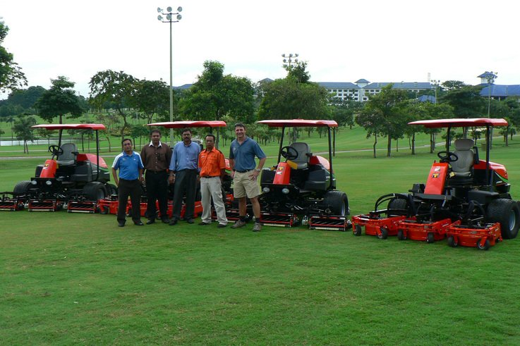 Jacobsen supply mowers to Malaysian Golf & Country Club