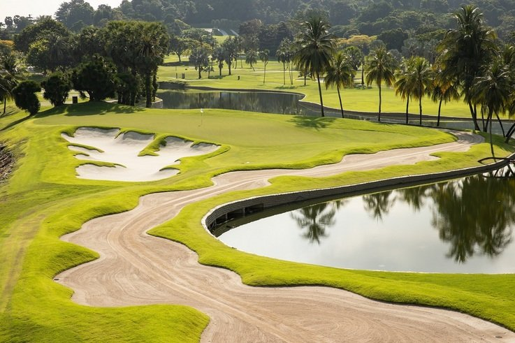 The 14th hole on the newly renovated Serapong course.jpg
