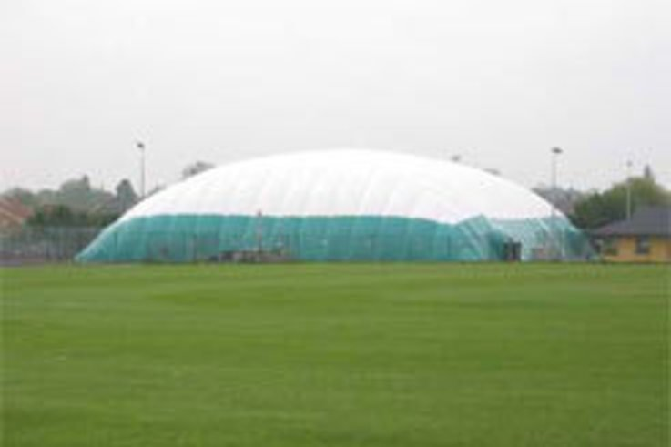 Huntingdon Tennis Club choose Bridome