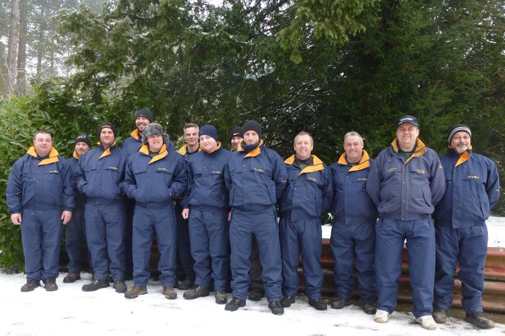 Ready for winter the greenkeeping team at Forest Pines in new CourseWear suits