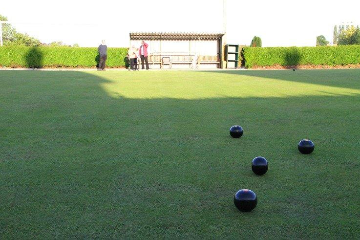 STB NoBall Bowls