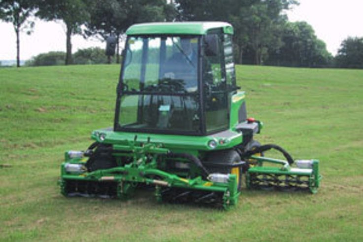 New commercial mower from John Deere