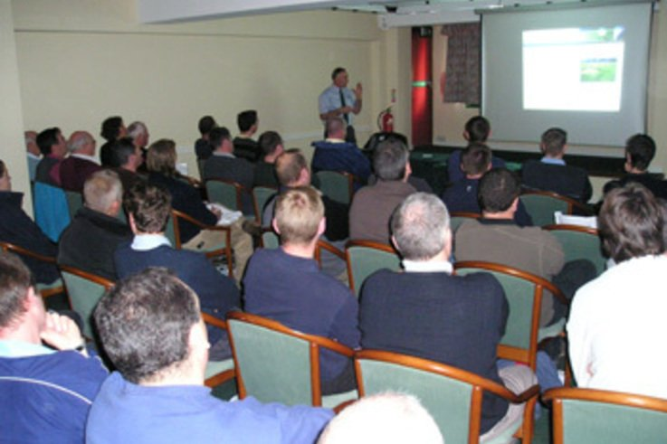 Scotts Seminar gets seal of approval from Turf Profesionals