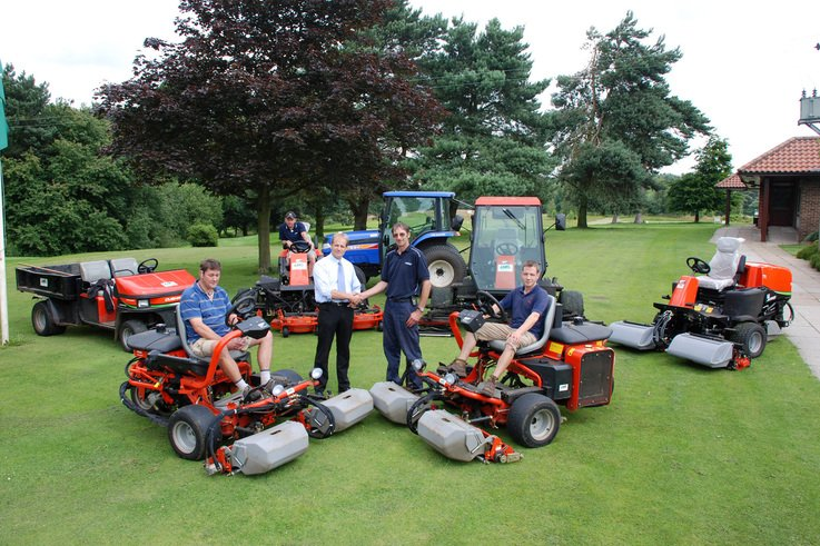 Ransomes Jacobsen dealer support is a key to sucess at Market Rasen GC