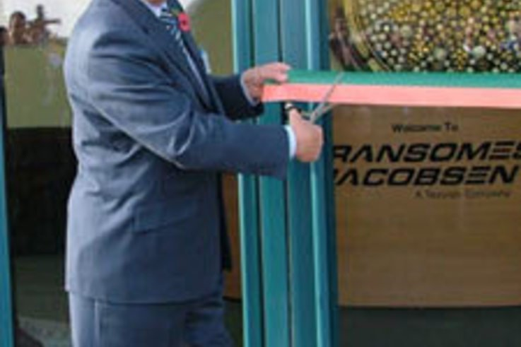 Sir Bobby Robson opens new Ransomes Jacobsen premises
