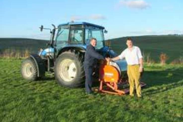 Reinstating the gallops on the Barbury Castle Estate