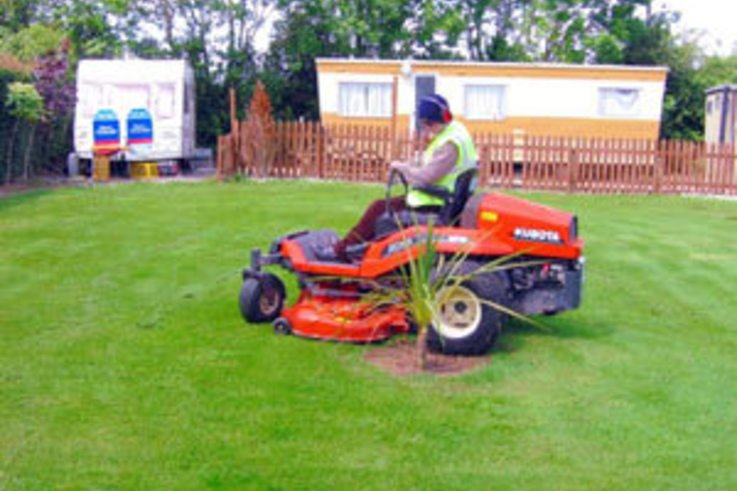 Mower's all-round abilities impress Contracts Firm