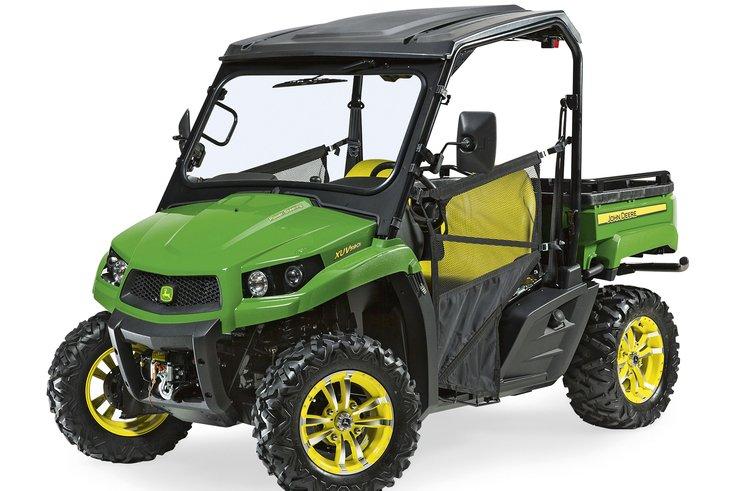 New John Deere XUV 590i Gator studio