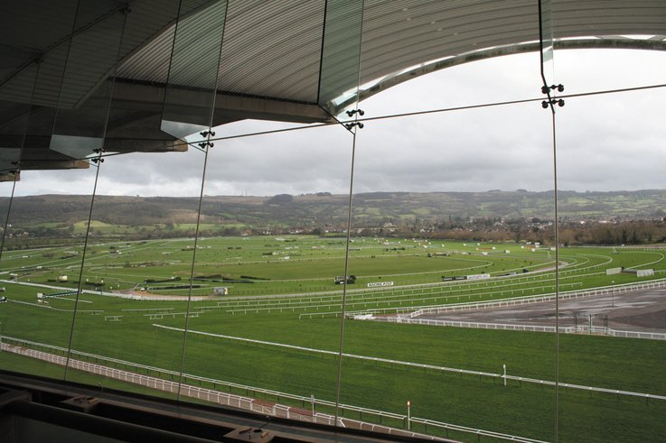 Cheltenham Voted Racecourse of the year 2008