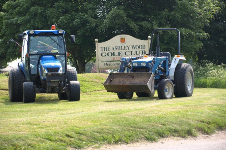 New Holland tractors.JPG