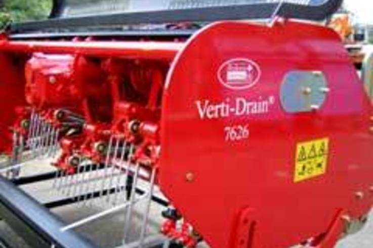Verti-drain and Scout star for Charterhouse