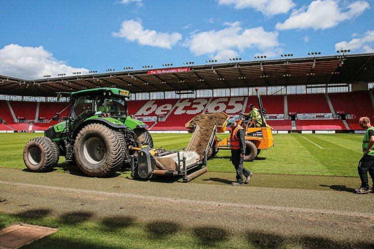 Koro in action at Stoke City FC 3.jpg
