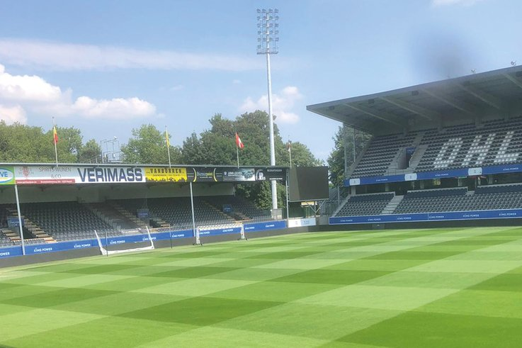 Oud-Heverlee-Leuven Pitch-blue-sky-2