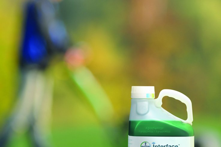 Interface ­ bottle on golf course