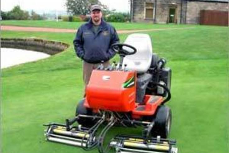 Vibratory rollers & green speed
