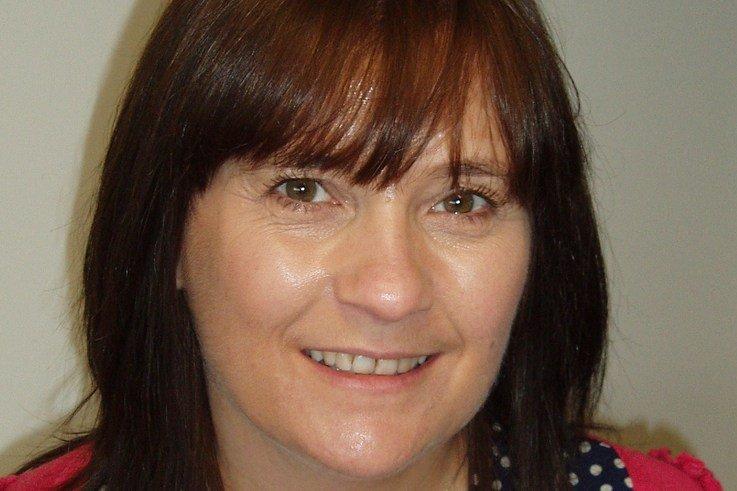 Debbie Austin, Everris