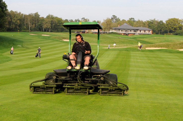 Primo Maxx offers opportunities to save on fairway mowing.jpg
