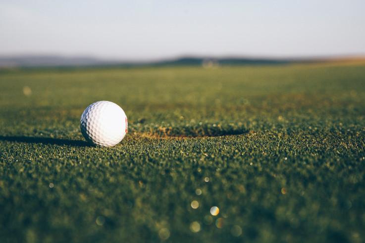 Golf ball on green.jpg
