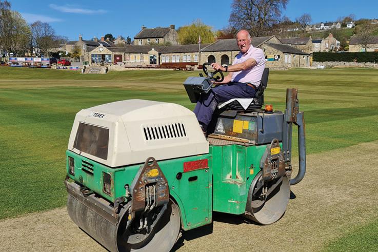 Richmondshire-CC_Geoff-on-roller.jpg