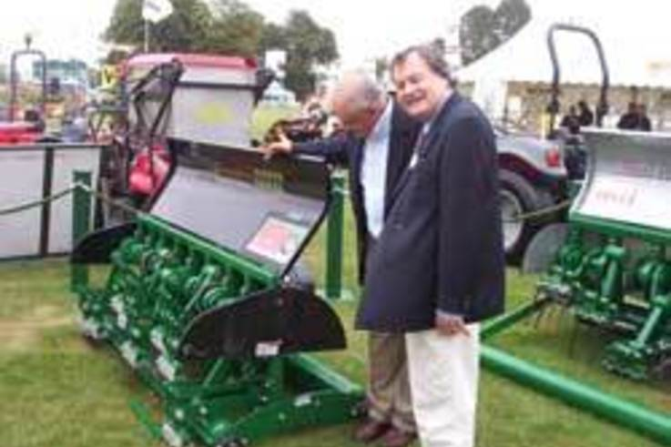 David Jenkins Turfcare Equipment announce new products