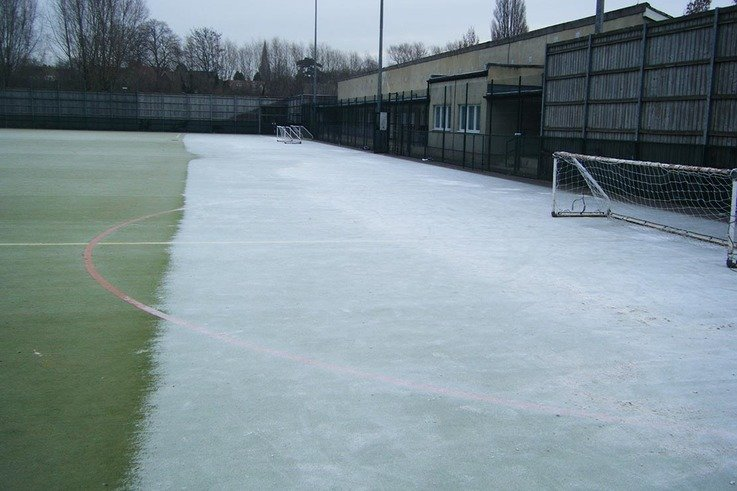 4   frost can remain in shaded areas on an artificial pitch