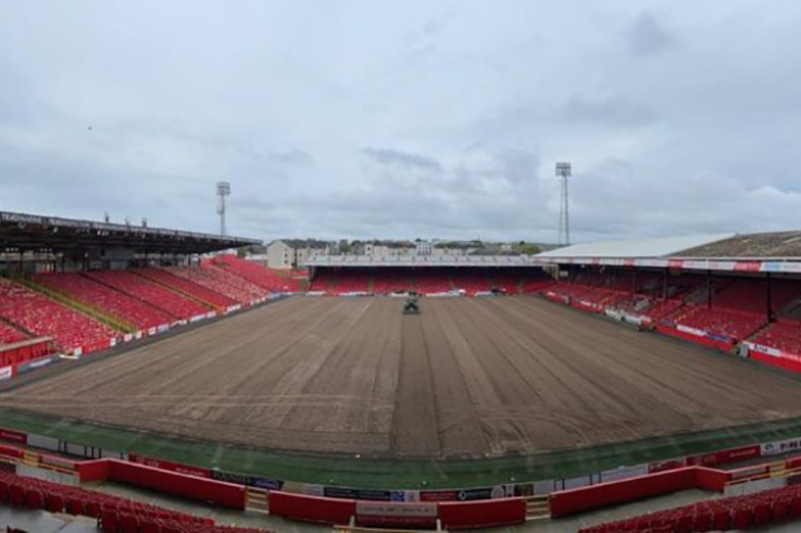 pittodrie-pitch.jpg