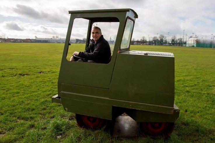 Paul Goodman, groundsman at Renfrew CC.jpg